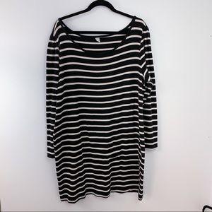 Long Sleeve Black/White Stripe Bodycon Dress